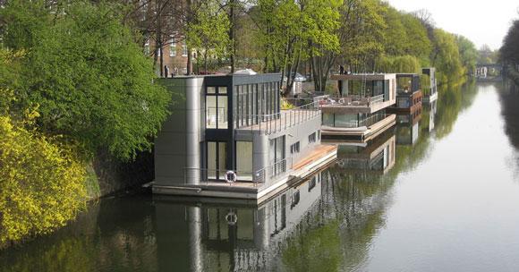 Phisto Wohnbau GmbH & Co. KG, Referenzen Hausboot in Hamburg, Uferstr. 2